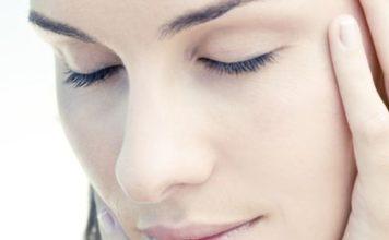 connaître la différence entre un peau sèche et une peau déshydratée