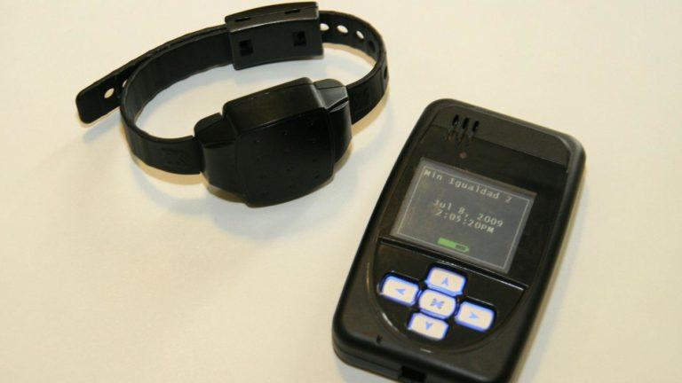 Des Bracelets anti-rapprochement pour limiter les violences conjugales