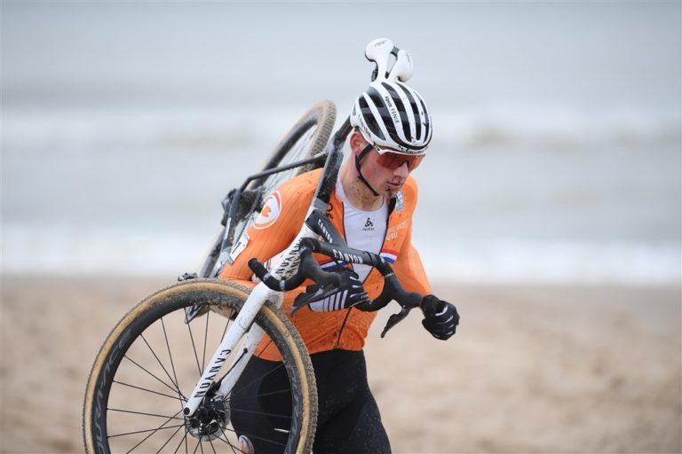 Mathieu Van der Poel : champion du monde de cyclo-cross