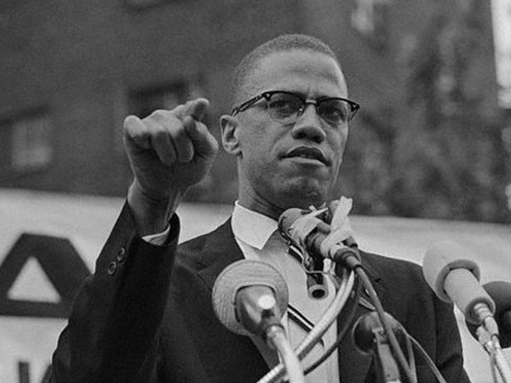 Malcolm X durant un de ses discours